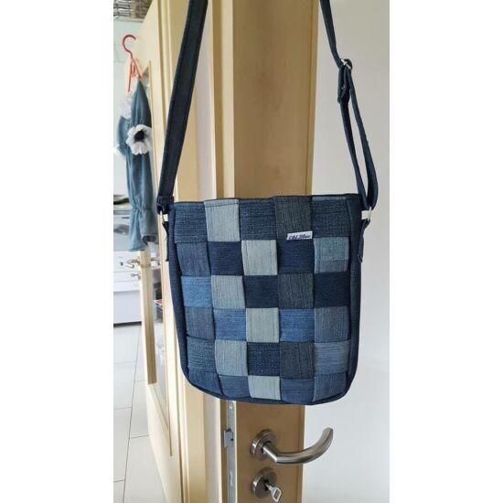 Farmer csíkokból készült női táska